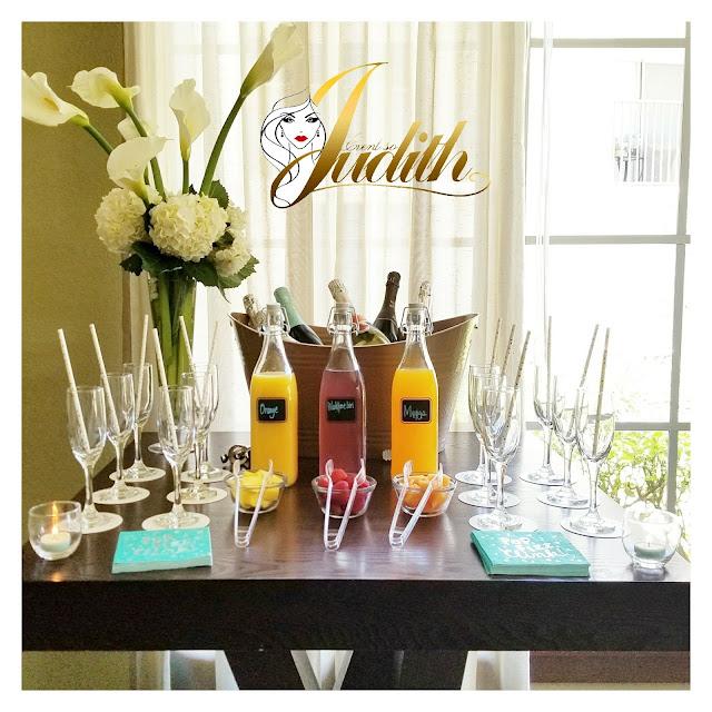 mimosa bar, brunch, sparkling wine, juice bar, wine, mimosas
