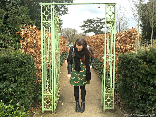 FOXES ON MY SMOCK | OOTD | LOVE, MAISIE