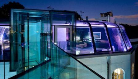 منازل الزجاج روعة الديكور 11.jpg