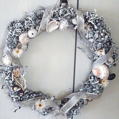 wreath with seaweed