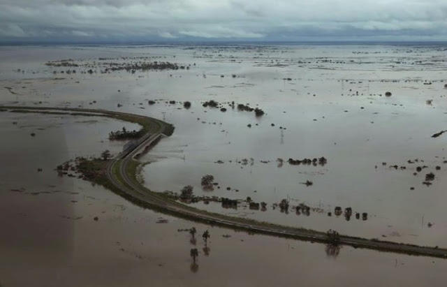 90% of the Mozambique city of Beira is destroyed by Cyclone Idai  A9d3f45e72a3617faca4674724aa57a905031fc4-660x424