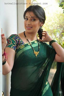 Famous South Indian Actress Lakshmi Rai