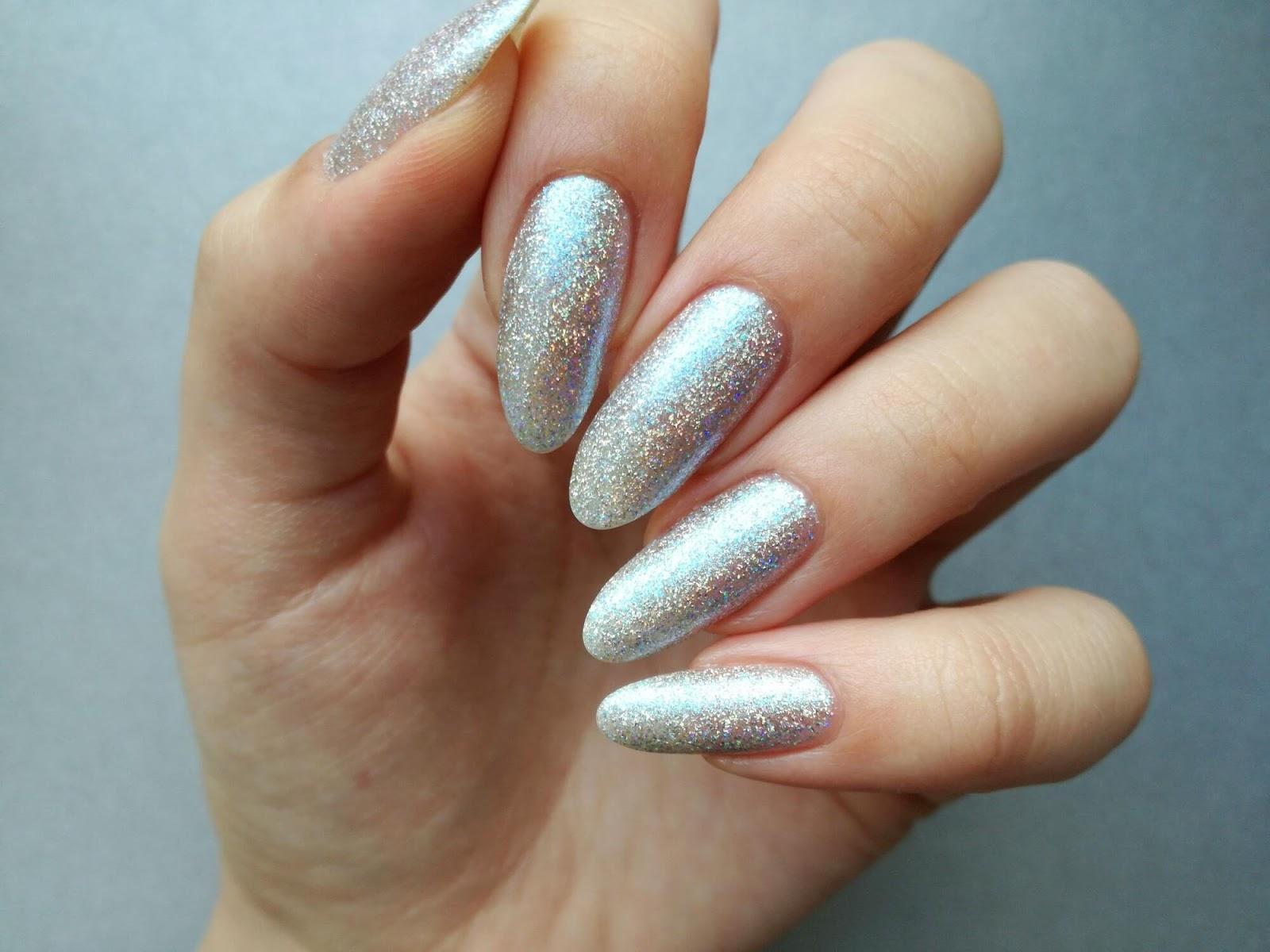 srebrne paznokcie ILNP