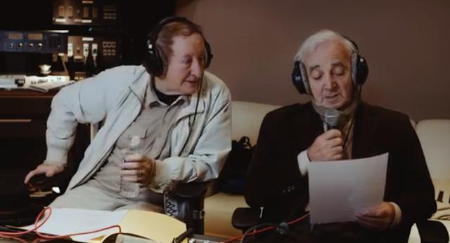 Charles Aznavour mort , idir rend hommage