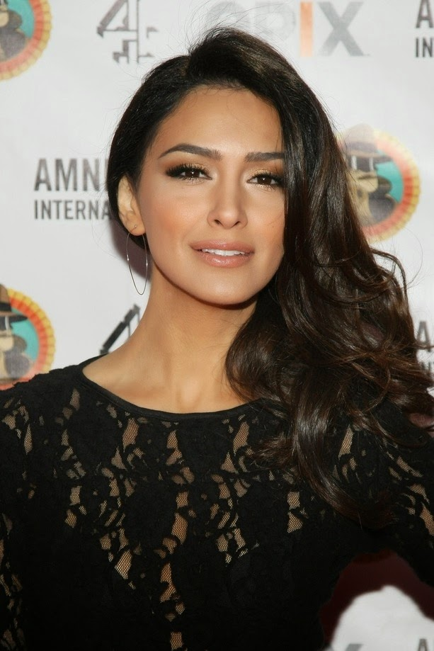 Actress and Celebrity Pictures Nazanin Boniadi