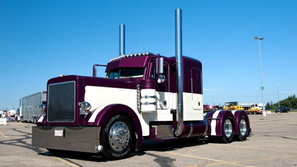 Peterbilt trucks, affordable truck, affordable truck  dispatch services, brands of trucks, cdl truck dispatch companies, dispatch services, dispatching trucks jobs, truck dispatcher from usa
