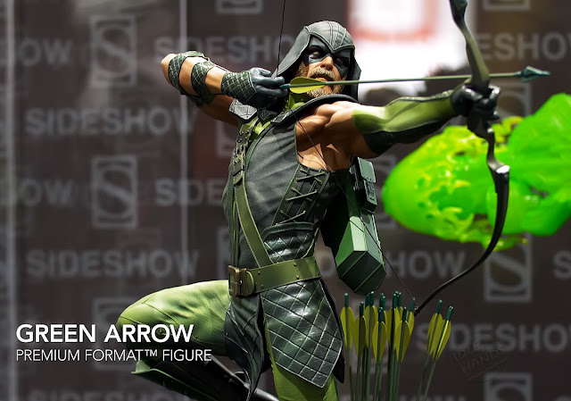 SDCC 2018 Sideshow DC Comics Green Arrow Premium Format Figure 002