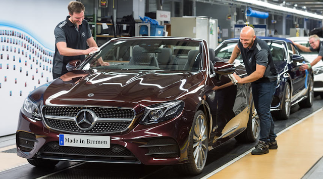 Mercedes-Benz Kicks Off New E-Class Cabriolet Production Review