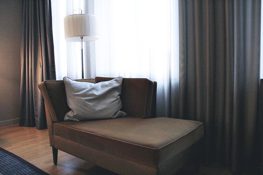 einrichtung hotel zimmer
