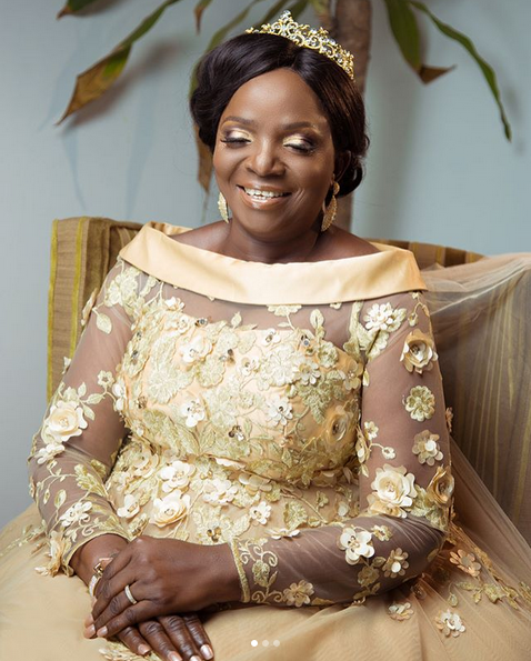 Simis-mother-gets-married-4