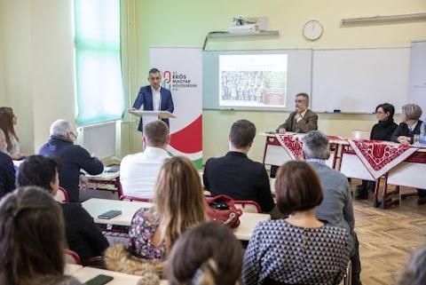 Temesváron hirdette meg Potápi Árpád János államtitkár a Szülőföldön magyarul program idei kiírását