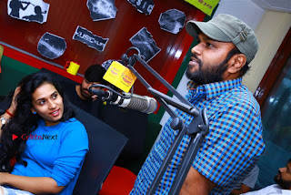 Sanjeev Chetana Uttej at Pichiga Nachav Song Launch at Radio Mirchi Pos  0023.jpg