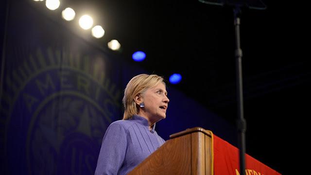 """Hillary Clinton: """"EE.UU. es la última esperanza de la Tierra"""""""