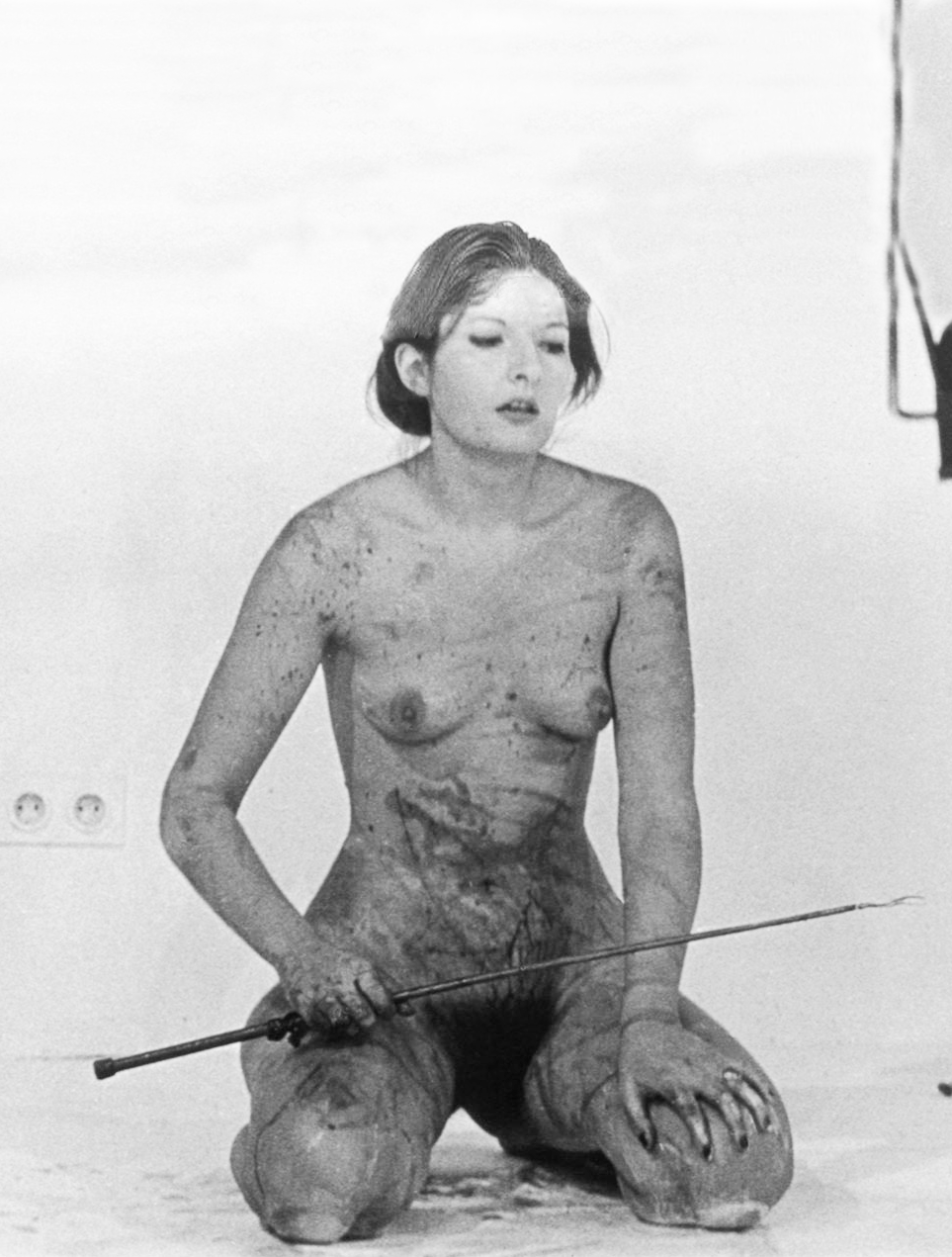 Marina Abramovic, Thomas Lips (1975)