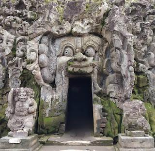 goa gajah history, goa gajah entrance fee, goa gajah opening hours, goa gajah bali, sejarah goa gajah, goa gajah entrance fee, goa gajah elephant cave, goa gajah price