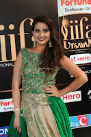 Manjusha in Beautiful Sleeveless Green Anarkali dress at IIFA Utsavam Awards 101.JPG