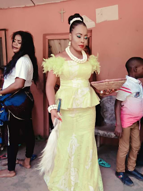 'Unserious ones will study you like University course' -Nigerian lady shares photos from her wedding 2 months after she met her husband