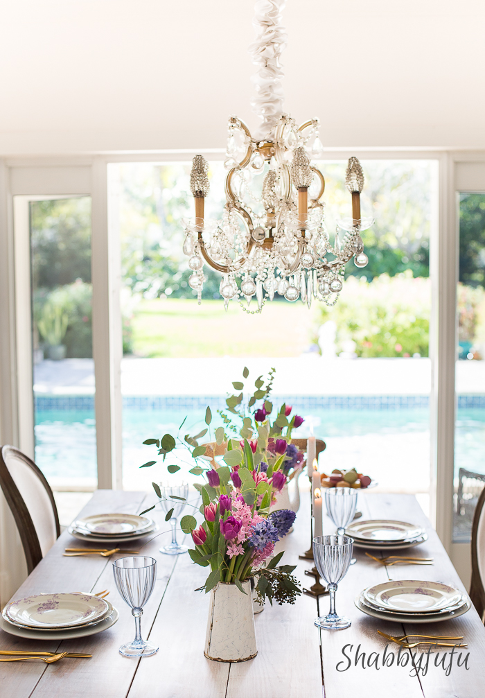 farmhouse-white-table