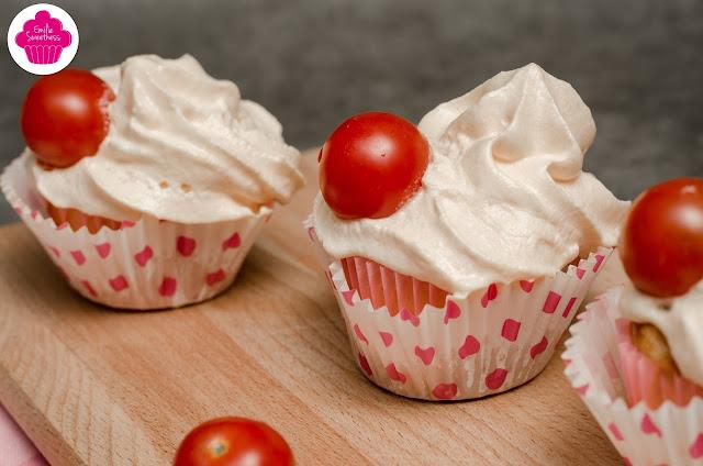 Cupcakes salés tomates jambon et tome