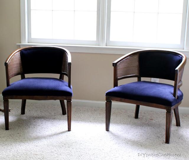 How to reupholster a chair {tutorial via DIYontheCheap.com}