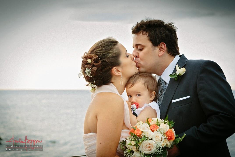 sposi e loro figlia matrimonio Genova Quarto dei Mille