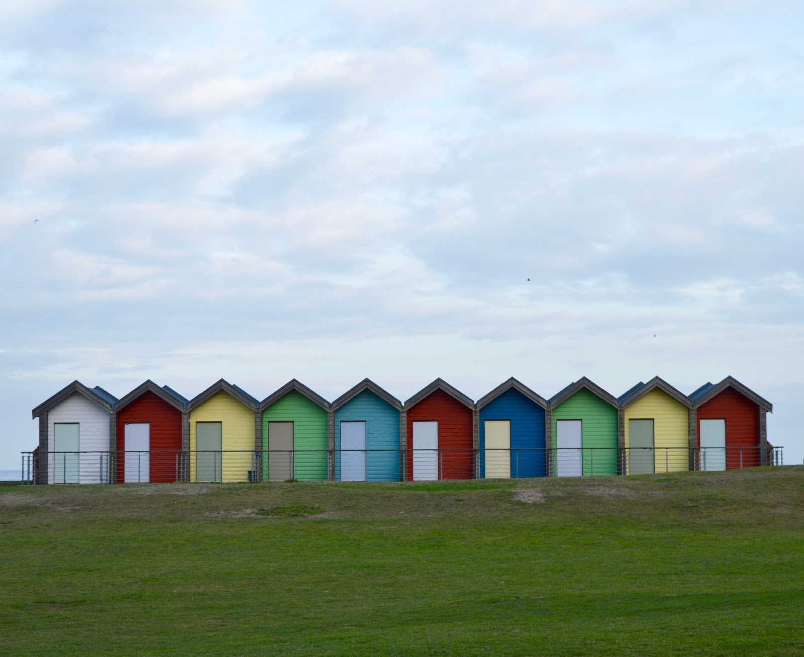 A Trip to Blyth Beach | How to Hire Beach Huts, Bus Information & Coastline Fish & Chips | Blyth Beach Huts