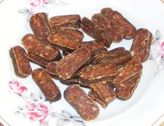 carnati, ghiudem de casa, carnati uscati, ghiudem afumat, retete, retete culinare, carnati uscati si afumati, ghiudem turcesc si tataresc, carnati de porc,