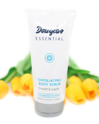 Douglas essential exfoliating body scrub strawberry achenes