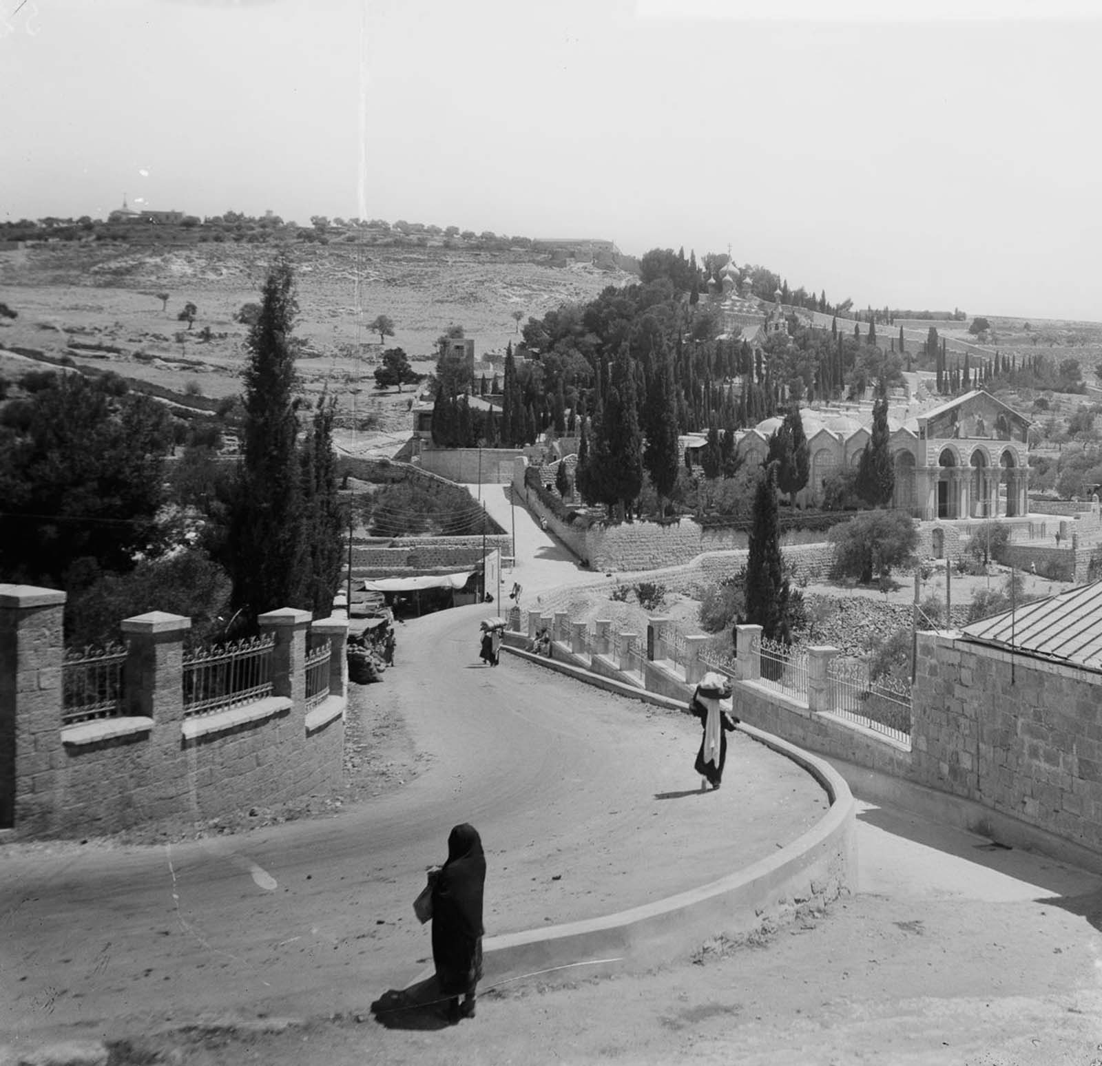 A street view from Jerusalem. 1900.