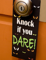 halloween-door-hanger-printable-familyfun