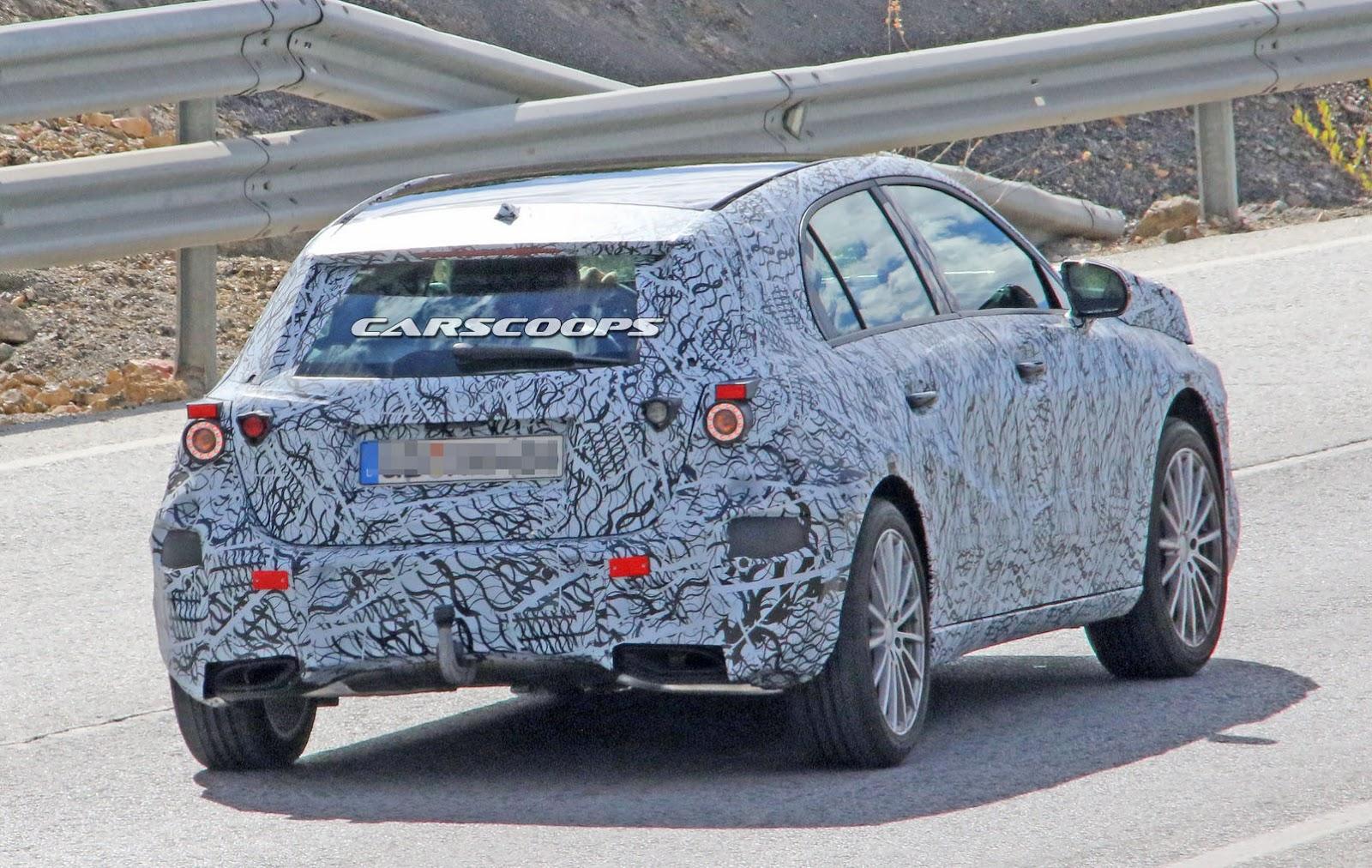 New-Mercedes-AMG-A43-10