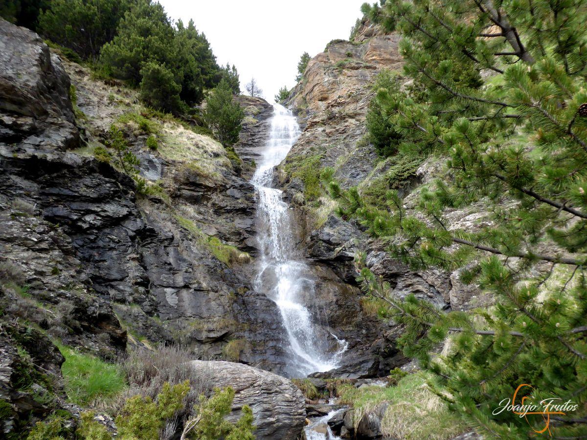 P1140119 - Ruta Las Tres Cascadas de Cerler con mucha agua