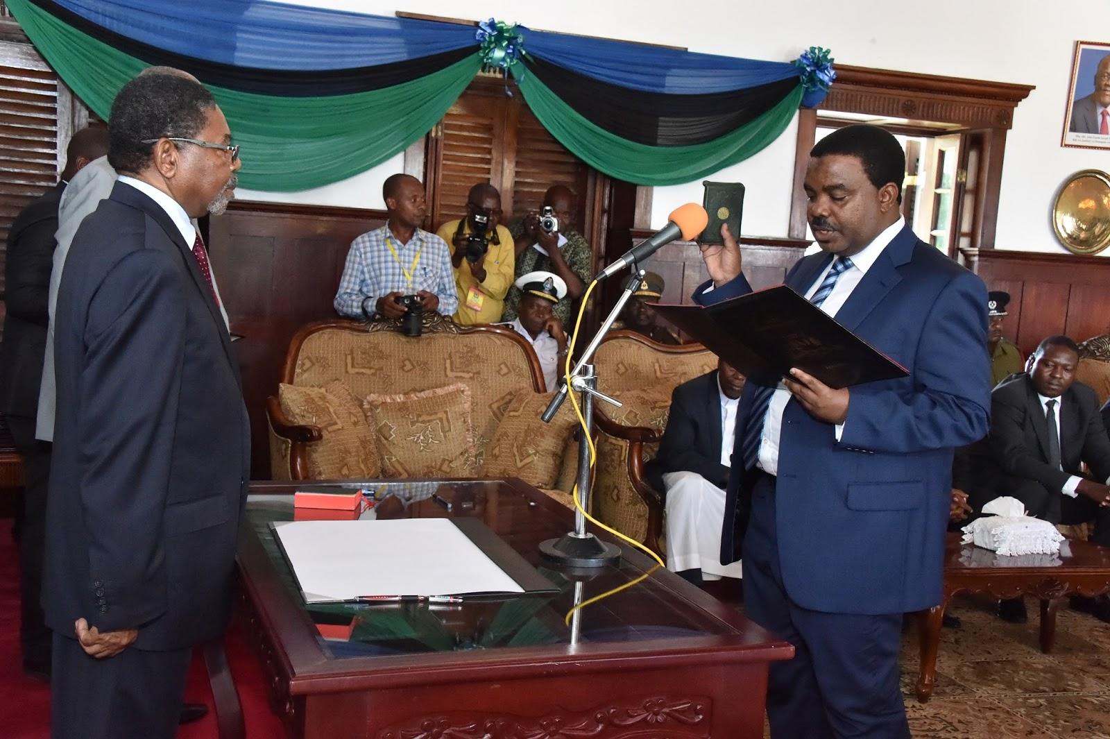 VIJIMAMBO: DR. SHEIN AWAAPISHA MAKATIBU WAKUU LEO
