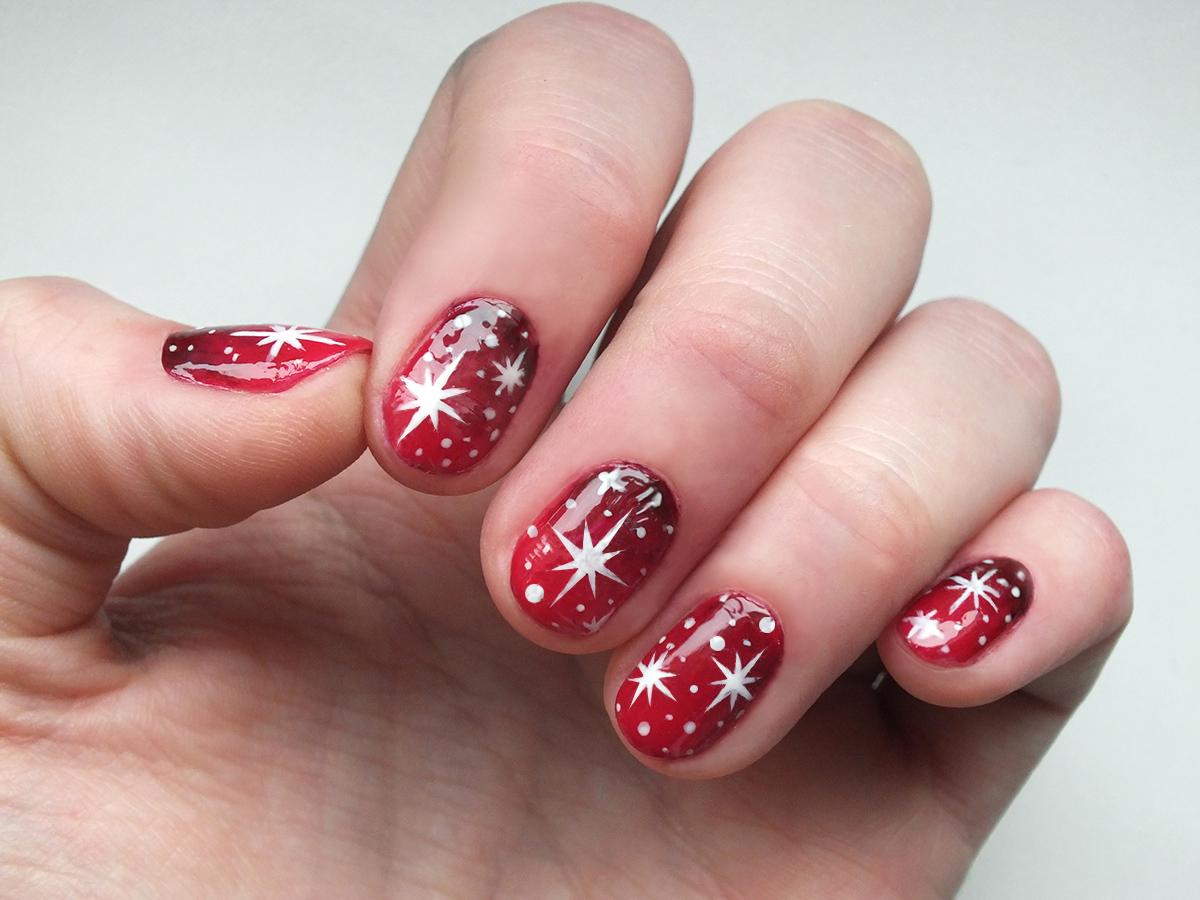 Fashion Love: CHRISTMAS STAR NAILS (+ TUTORIAL)