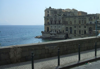Villa Donn'Anna is near Mergellina, at the bottom of the main road through Posillipo, known as Posillipo Hill