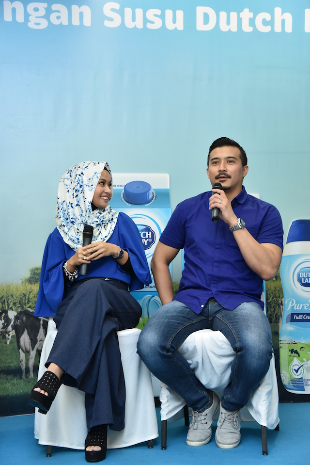 Actor Aaron Aziz and his entrepreneur wife Diyana Halik, who are the ambassadors of Dutch Lady PureFarm