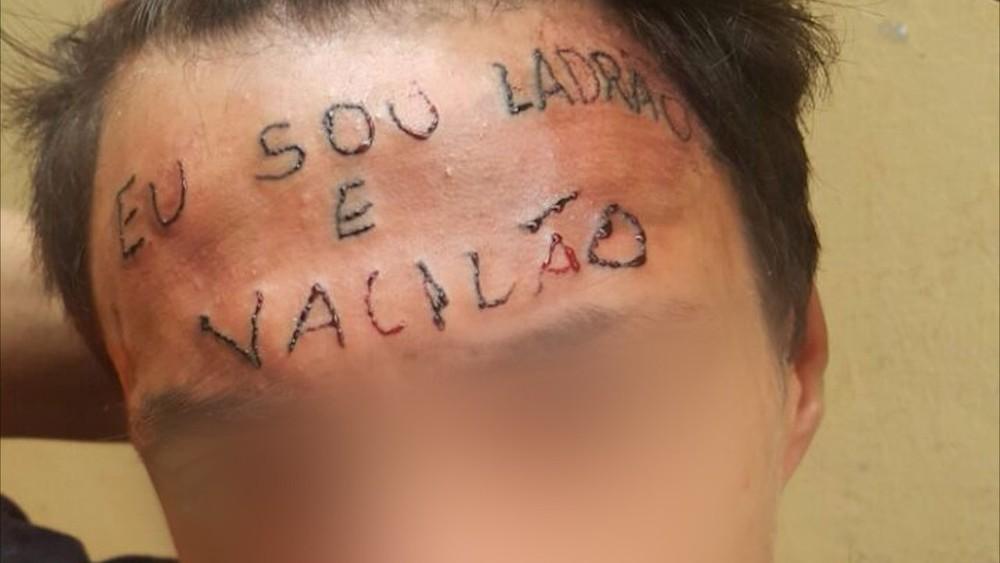 Tatuagem feita em menor infrator em ocasião de roubo
