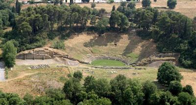 Συνεχίζονται οι εργασίες αποκατάστασης του Αρχαίου Θεάτρου Μεγαλόπολης