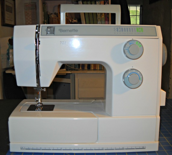 Curlicue Creations Sewing Machines