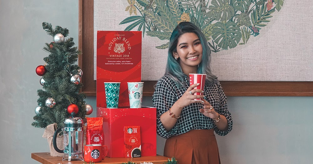 - From Malaysia Starbucks Christmas 2018 Ornaments launched Nov 13 Set of 3