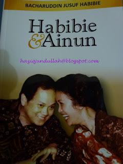 Sampul Buku Habibie dan Ainun