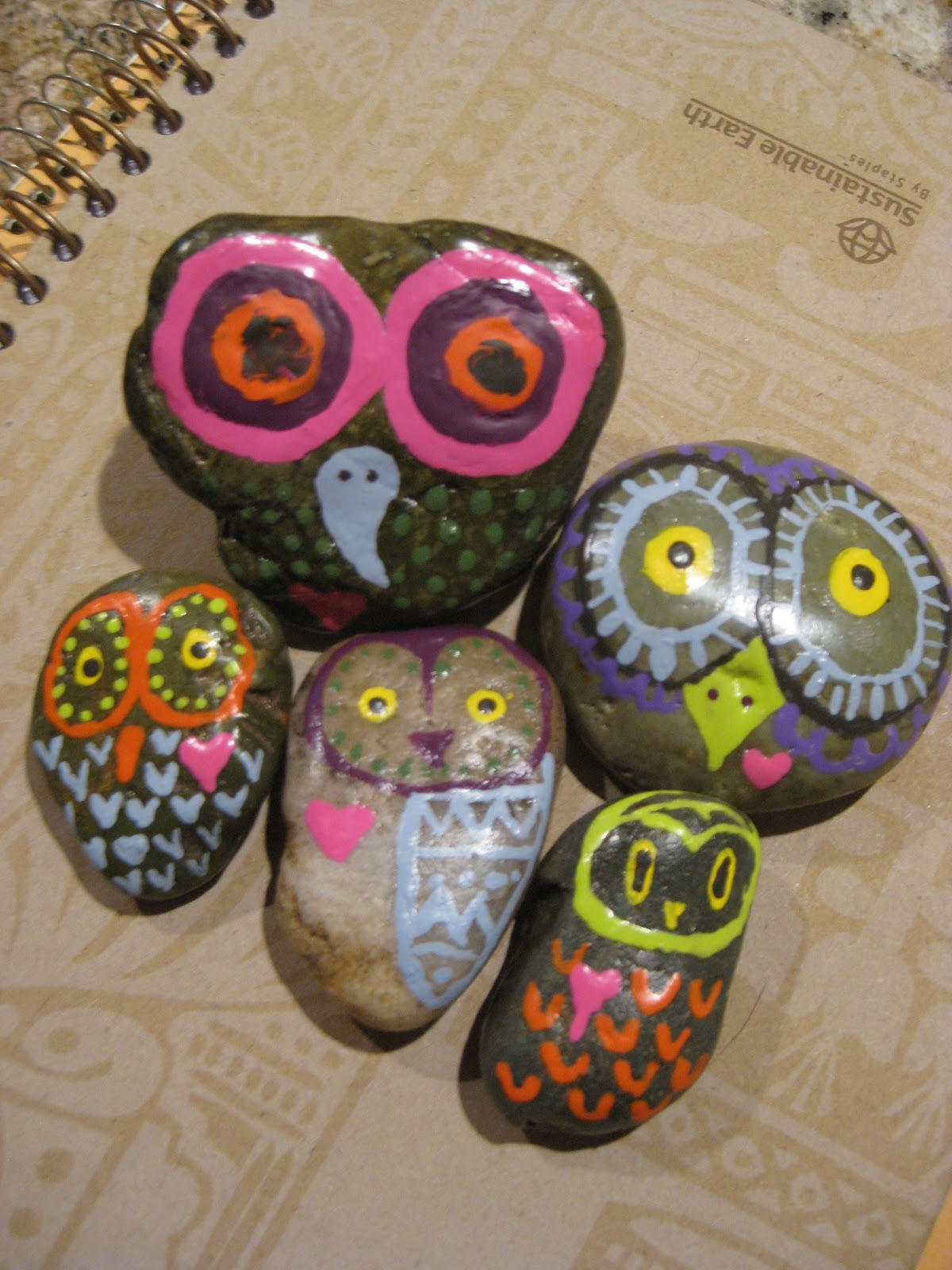 Anneland Crafts Rock Owls