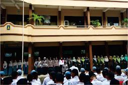 Polwan Jepara Goes To School, Ajak 1.758 Siswa SMK Islam Al Hikmah Mayong Jepara Tepis Hoax