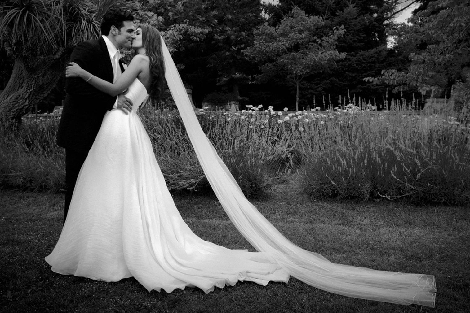 Sassysscrapskits: Different Styles Of Wedding Photography