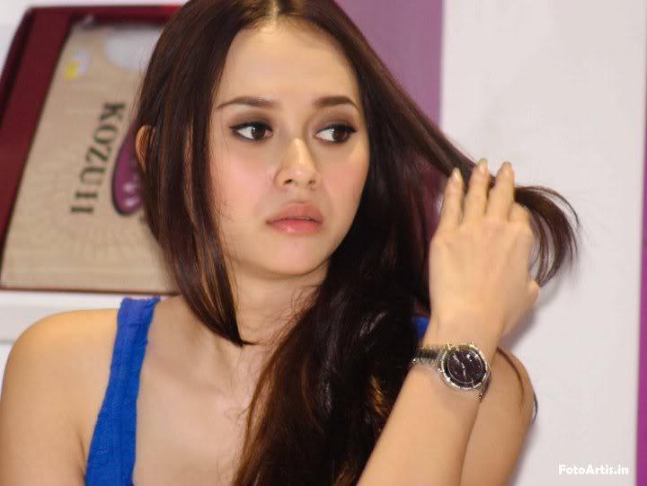 Gadis Cantik Sexy Bugil Hot: Foto Artis Sexy Indonesia