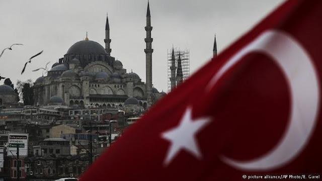 Η συμπεριφορά των τούρκων πολιτικών έναντι της Ελλάδας