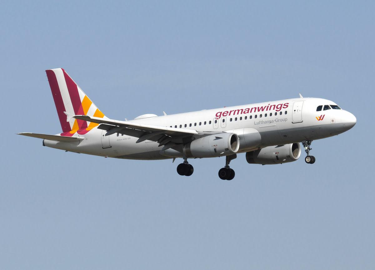 D Nnschiefer jet flugzeuge germanwings airbus a319 132 d agwe