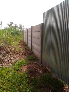 pagar beton bertulang k300