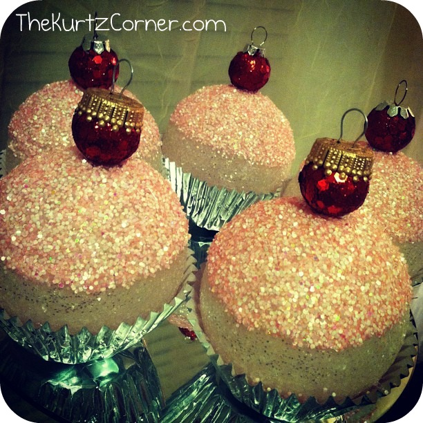The Kurtz Corner: Cupcake Christmas Ornaments