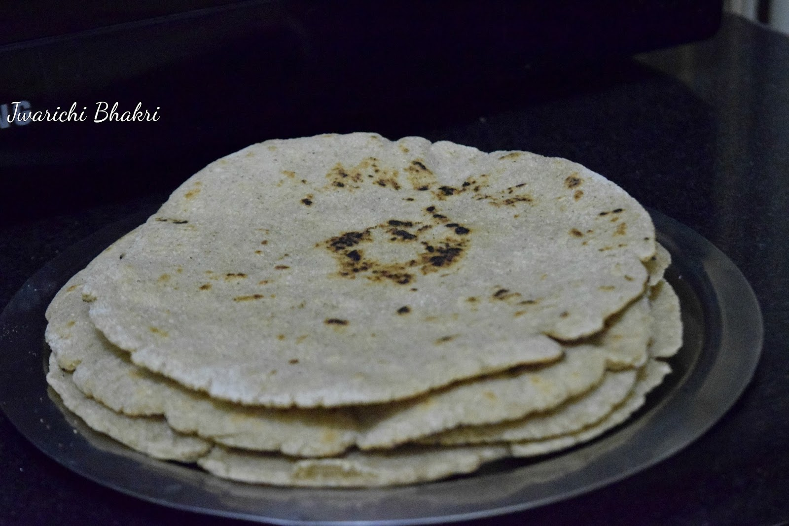 Jolada rotti recipe jowar roti recipe jowar bhakri recipe
